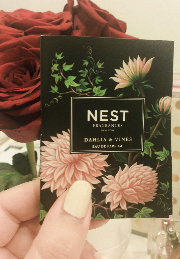 nest dahlia & vines sample